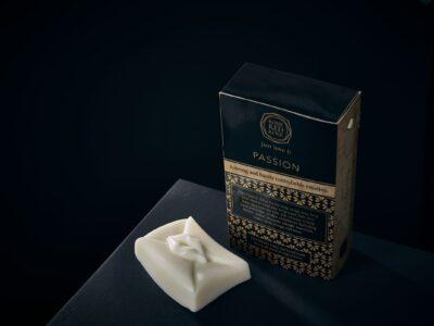 Luxury Soap Passion Kiss Letter